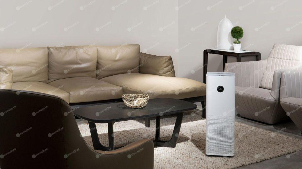 xiaomi air purifier pro w salonie